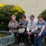 Schwätzchen am Brunnen