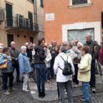 Unsere Gruppe mit Stadtführerin Sarah in Verona