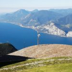 Schon sind wir oben auf dem Monte Baldo und blicken zurück