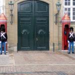Die Wachen am Königlichen Palast Amalienborg