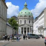 Die Frederikskirche beim Schloss