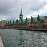 Vorbei an der Dänischen Börse