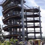 Der 42m hohe Turm des Baumwipfelpfades